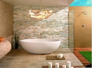 Интерьер ванной комнаты с использованием декоративных плиток