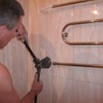Подключение водяных полотенцесушителей шаг 1 - демонтаж старого полотенцесушителя и установка нового