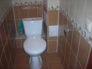 Фото готового гипсокартнового короба в туалете