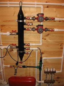 Фото узла смесителей для функционирования теплых полов