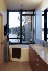 Фотография дизайна небольшой ванной в частном доме