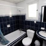 Пример готового дизайна небольшой ванной комнаты 1