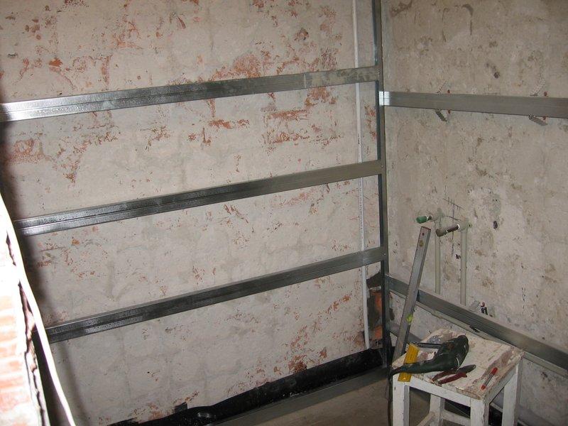 Пластиковые панели для ванной комнаты своими руками: фото ...: http://tavannaya.ru/steny/plastikovye-paneli-dlya-vannoj.html