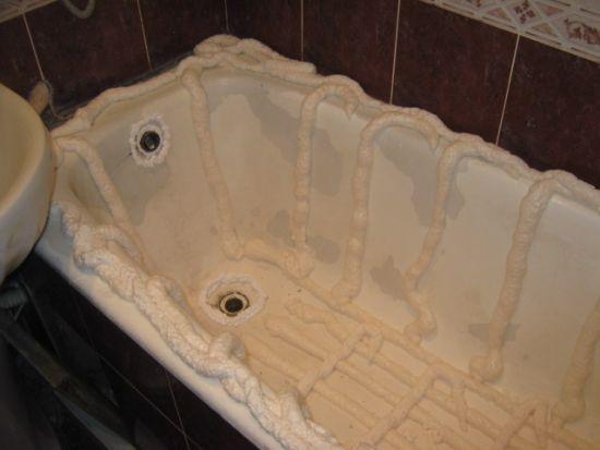 Установка вкладыша в ванную