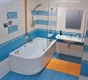 Фото угловой ванны из акрила в интерьере ванной комнаты