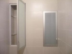 Фото встроенных шкафов в туалете
