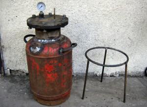 Фото пример использования газового баллона в качестве бойлера