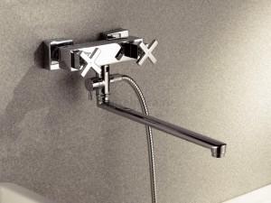 Фотография смесителя с изливом для ванной комнаты