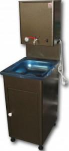 Фото умывальника на стойках, в котором есть функция нагрева воды