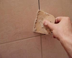 Финальным этапом укладки плитки является затирка швов