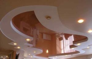 Фото двухуровневого натяжного потолка в зале