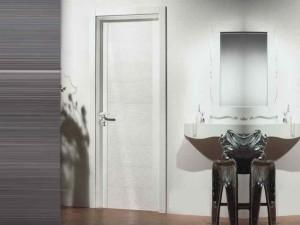 Фото пластиковой двери в ванной