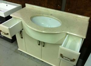 Фото напольной раковины с тумбой для ванной комнаты