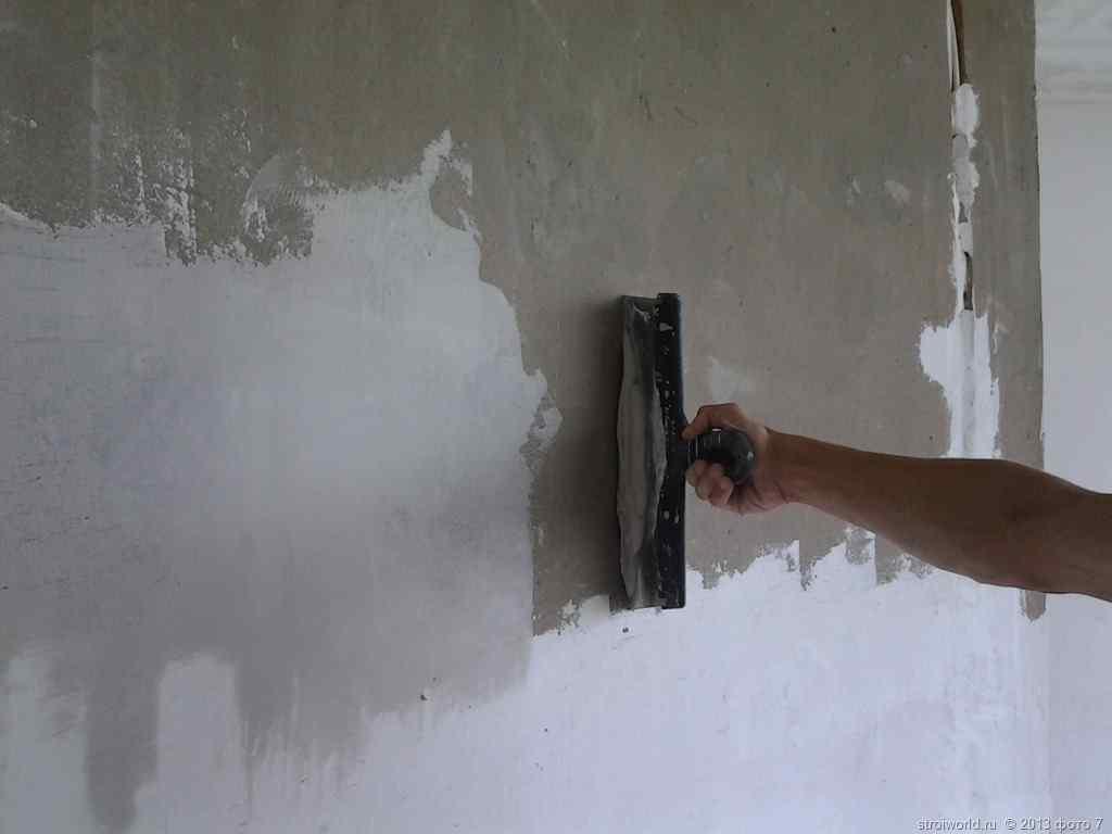 Как зашпаклевать стены под обои своими руками фото 615