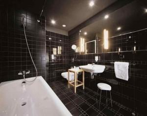 Фото черной ванной комната