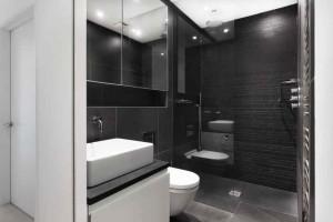 Фото дизайна черного туалета