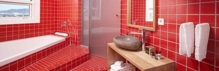Красная ванная