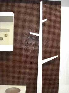 Вешалка в ванную комнату